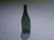 Breakaway Champagne Bottle, Green (6)